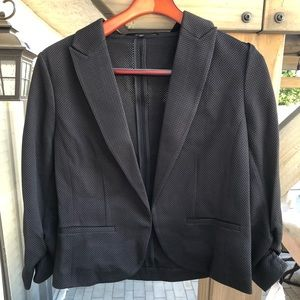 Brand NWT Amanda and Chelsea Stretch Blazer